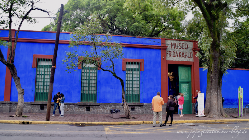Museum Frida Kahlo Mexico City Casa Azul